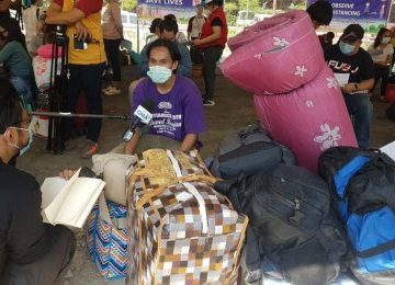 1st batch of 'Balik Probinsya' beneficiaries departs for Leyte, Phils